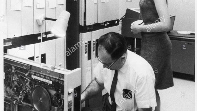 Ordinateur année 1960